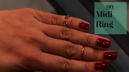 News video: DIY Knuckle Midi Rings
